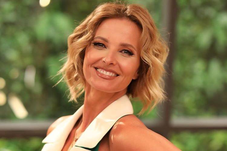 Confira os looks que Cristina Ferreira usou essa semana para apresentar seu programa