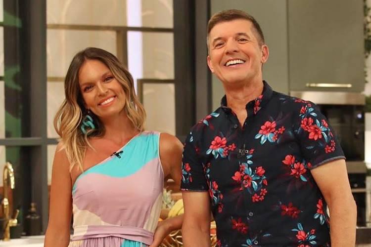 Confira os looks que os apresentadores do 'Casa Feliz', Diana Chaves e João Baião, usaram essa semana