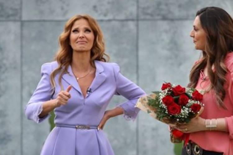 Cristina Ferreira estreia 'Cristina ComVida' e desaba em lágrimas